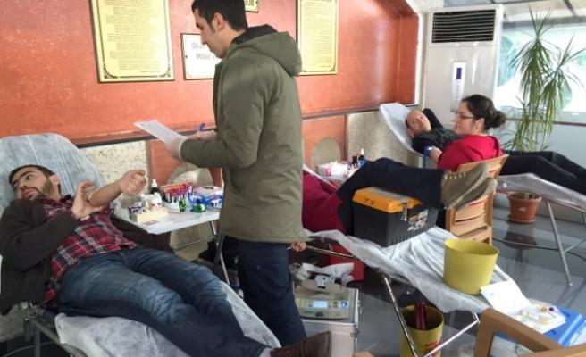Özel Öğretim Kursu hep birlikte kan bağışı yaptı!