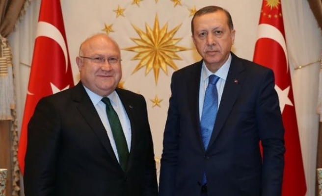 Başdanışman Şener: Türkiye kurtuluş mücadelesi veriyor!
