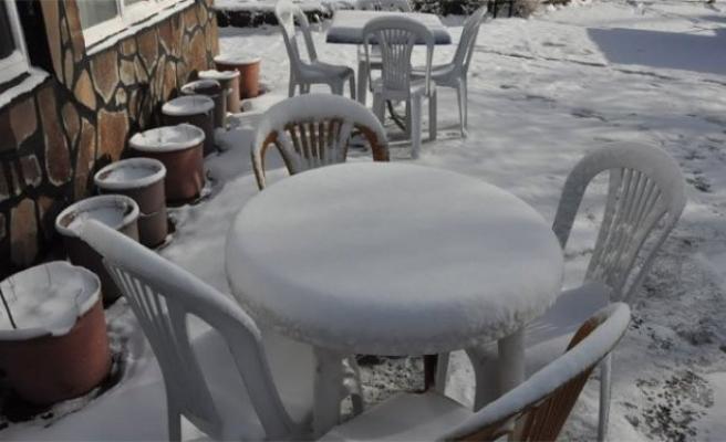 Kars, beyaz gelinliğini yeniden giydi!