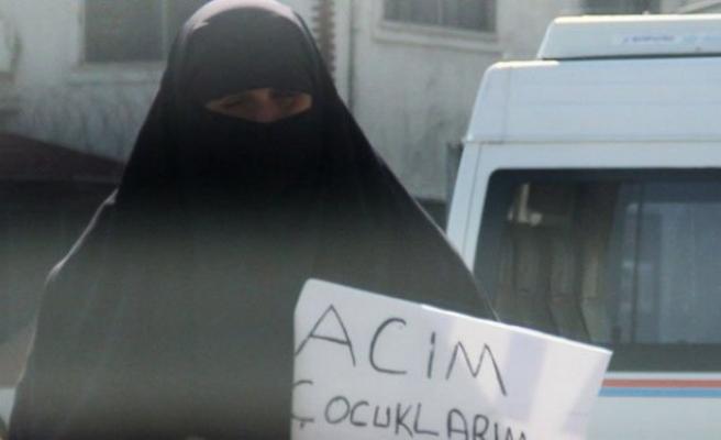 Suriyeli kadınlardan dövizli dilenme!