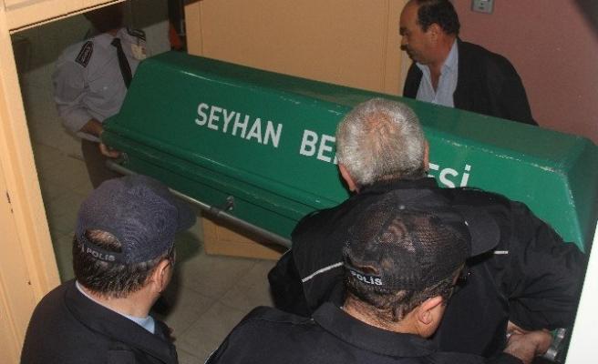 Adana'da Polise Saldıran PKK'lı Öldürüldü