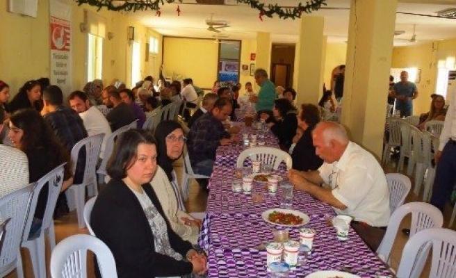 Türkistanlılardan Sümelek Kutlaması