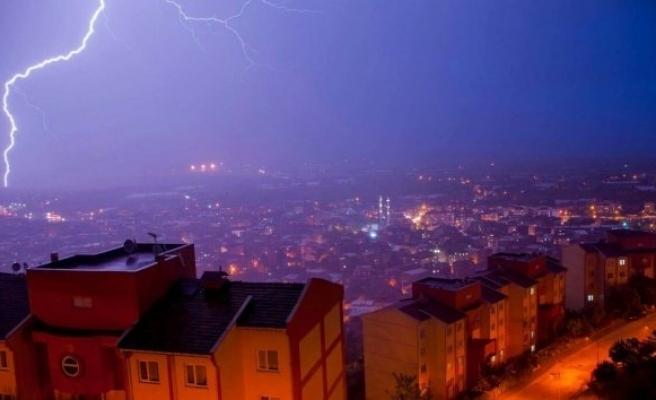 Şiddetli sağanak ve dolu yağışı Bursa'yı felç etti!