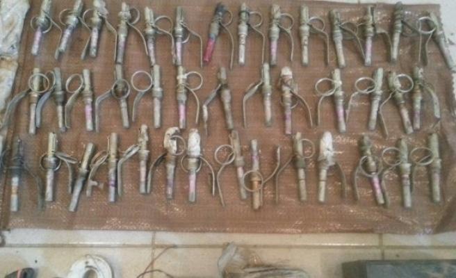 Şemdinli kırsalında operasyonda çok sayıda mühimmat ele geçirildi!