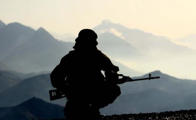 Cephe hattında 1 Azerbaycan askeri şehit oldu!