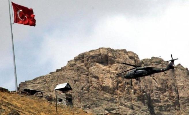 Çukurca'dan Kara Haber: 8 Asker Şehit, 8 Yaralı