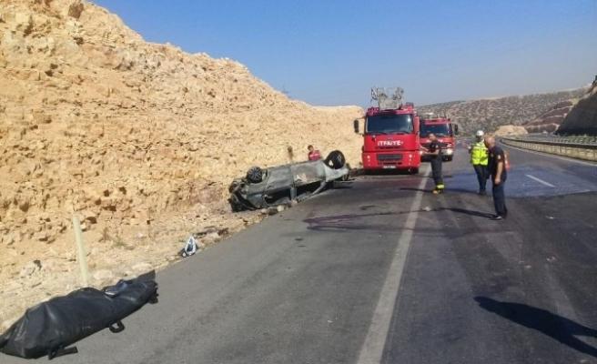 Kahramanmaraş'ta Takla Atan Otomobil Yandı: 1 Ölü, 1 Yaralı