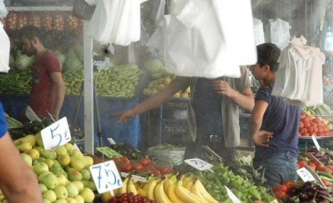 Meyve ve sebzelerini sıcakta soğuk buharla koruyor