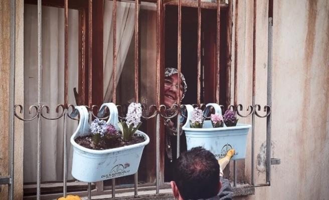 Dulkadiroğlu'nda balkonlar çiçek açtı