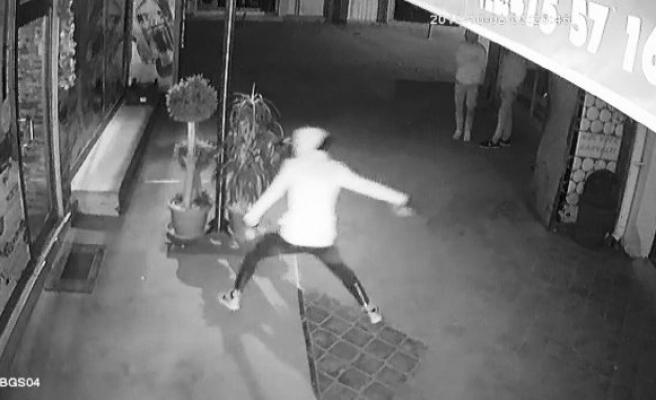 Kapüşonlu hırsızlar polise yakalandı