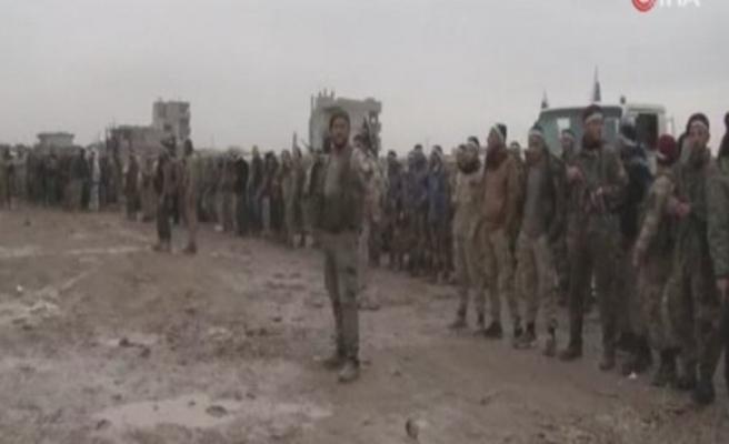 ÖSO askerleri Münbiç sınırına sevk ediliyor
