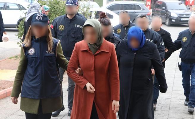 Kahramanmaraş'ta FETÖ'nün 'gaybubet' evlerine baskın! Gözaltılar var