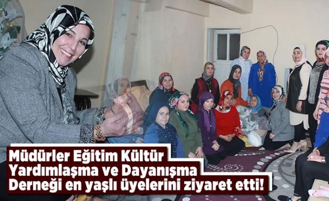 Müdürler Eğitim Kültür Yardımlaşma Derneği en yaşlı üyelerini ziyaret etti!