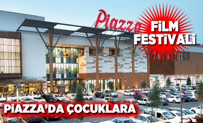 Piazza'da çocuklara film festivali!