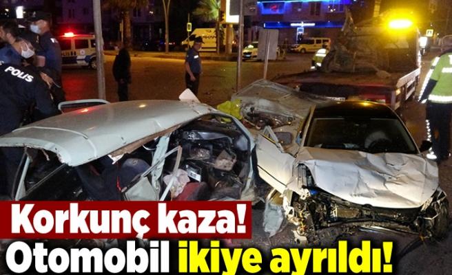 Korkunç kaza! Otomobil ikiye ayrıldı!