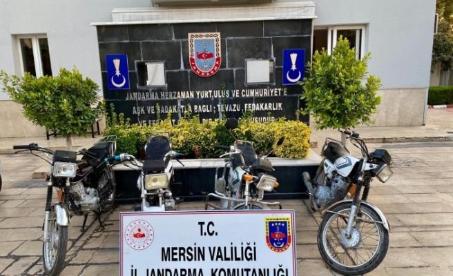 Motosiklet hırsızları jandarma ekiplerince yakalandı