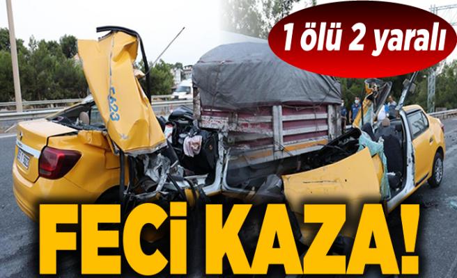 İzmir'de taksinin TIR'a çarpması sonucu 1 kişi öldü, 2 kişi yaralandı