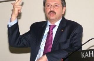 BRAVO: ''Eğitim dilimizin Türkçe olması gerekir''...