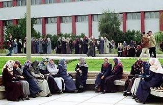 Anayasa Mahkemesi üniversitede türbana 'hayır'...