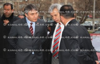 CHP'nin seçim bürosu açıldı