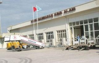 UÇAK YOK: Havaalanımız 3 ay kapalı!