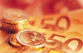 FLAŞ: Euro son 16 ayın dibine indi!