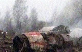 FLAŞ: Rusya'da uçak kazası!