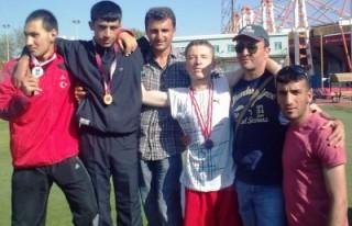 Ertuğrul Gazi sporcularından Türkiye rekoru!