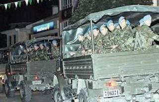 Bursa İnegöl'de polisi asker korudu!...