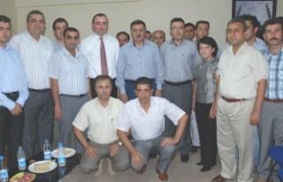HAK-SEN üyeleri Nevzat Pakdil'i konuk etti'