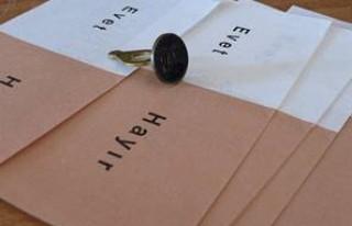 REFERANDUM: Bir 'evet' istifası daha!...