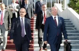 Yeni dönem Türk dış politikasını anlattı...