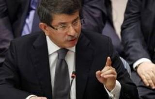 Türkiye Bakan Davutoğlu ile dünyada öne çıkıyor..