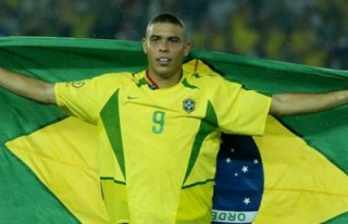 Ronaldo, futbolu bıraktığını açıkladı!..