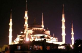 Kadir Gecesi'nde camiler doldu taştı..