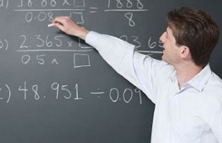 Bakan'dan öğretmenlere maaş müjdesi...