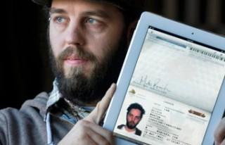 iPad'ini pasaport olarak kullandı...