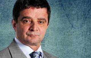 Mümtazer Türköne görevinden istifa etti..