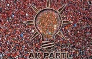 AK Parti Afşin'de bayrağı Kaynak devraldı..