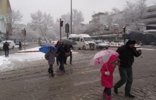 DİKKAT: Kahramanmaraş'ta okullara 'kar' tatili...