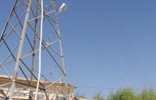 AKEDAŞ, Elbistan'da elektrik altyapısını yeniledi..