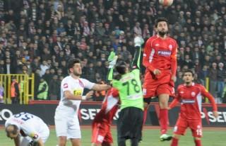 Kahramanmaraşspor:0 Mersin İdmanyurdu:2