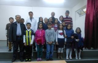 Yaşar Gölcü'de münazara yarışmaları başladı