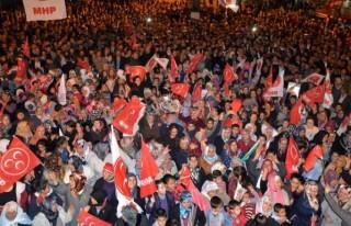 MHP'den Binlerce Araçlık Konvoy