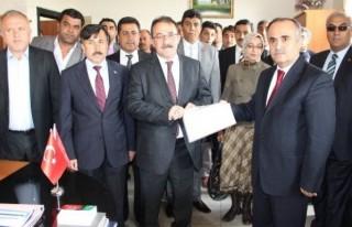 Afşin'de Mehmet Fatih Güven Mazbatasını Aldı