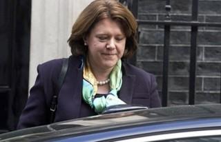Bakan Maria Miller'a yolsuzluk iddiaları istifa ettirdi