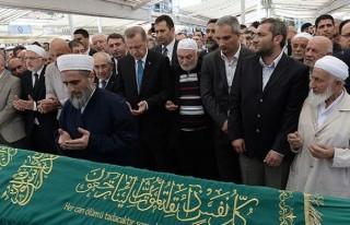Erdoğan, cenaze namazına katıldı