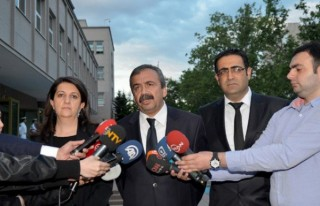 HDP heyeti bakanlarla görüştü
