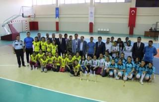 Pazarcık Spor Salonu açıldı