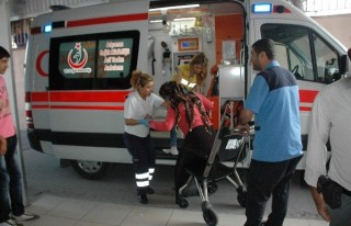 Otomobil İle Bisiklet Çarpıştı: 5 Yaralı